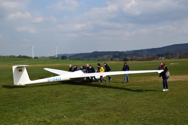 Austausch unseres Ausbildungs Segelflugzeug vom Typ ASK21B